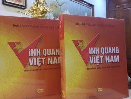 Ra mắt cuốn sách Vinh Quang Việt Nam
